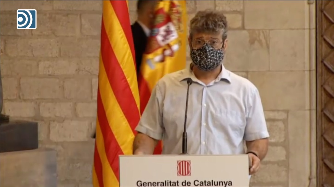 bandera-espana-mesa-dialogo-15092021.jpg