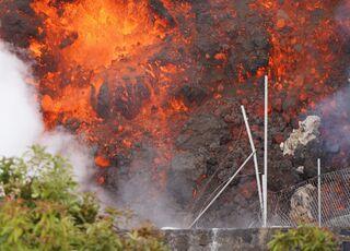 erupcion-volcan-la-palma-210921-7-recorte.jpg