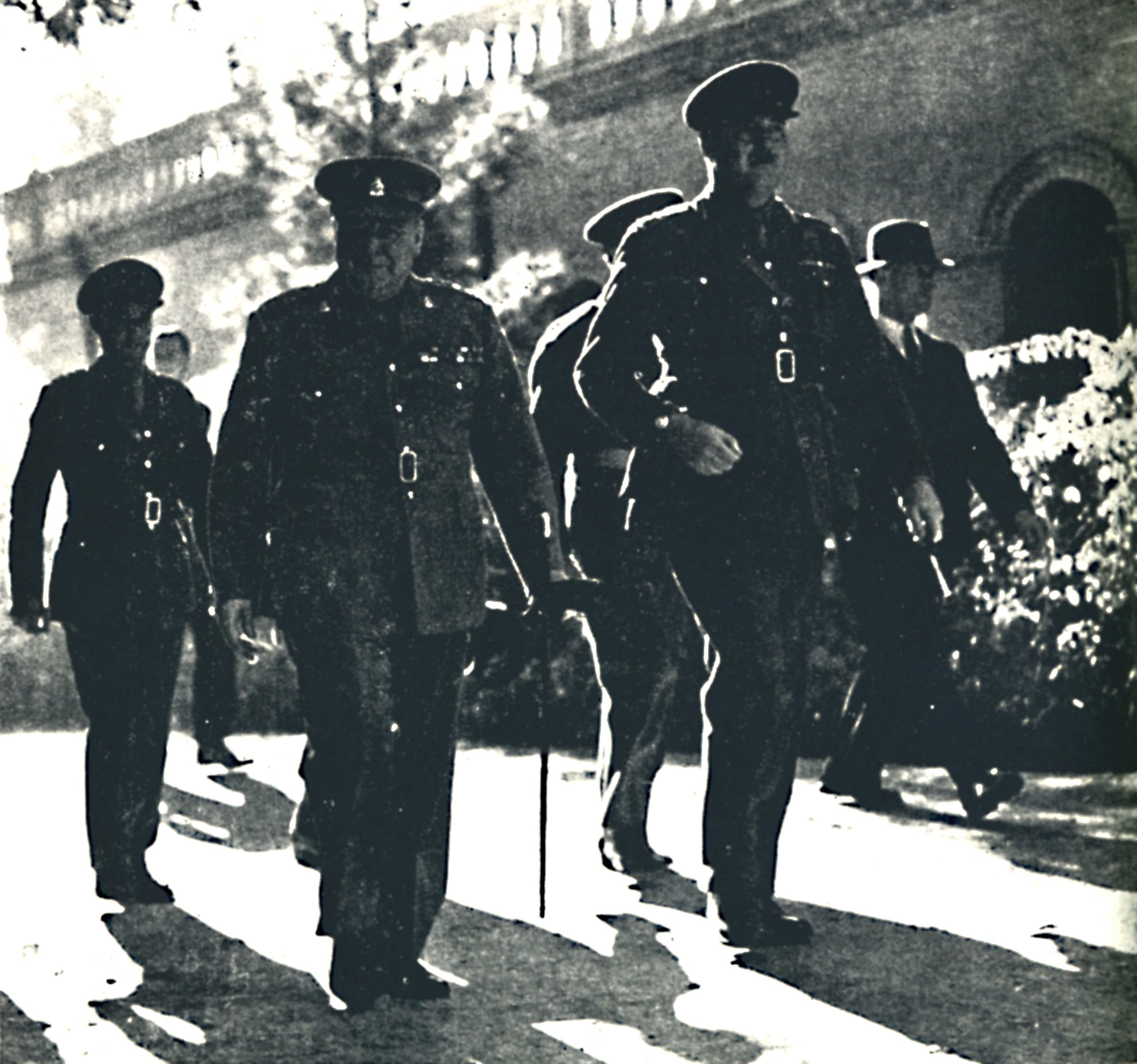 churchill-en-teheran-en-1943.jpg