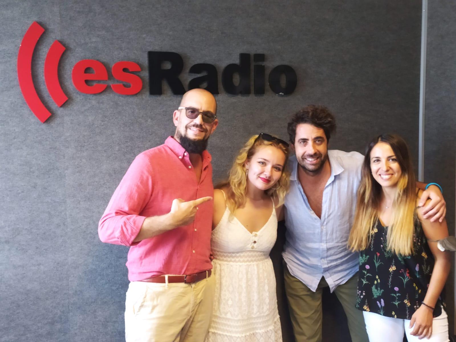 Alejandra Tena en los estudios de esRadio Sevilla