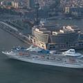 Un crucero llegando a Barcelona | Cruises News