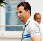 El Príncipe Felipe con el parche de titanio en el cuello. | EFE/Ballesteros