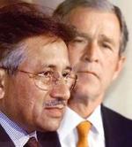 Pervez Musharraf y George W. Bush.