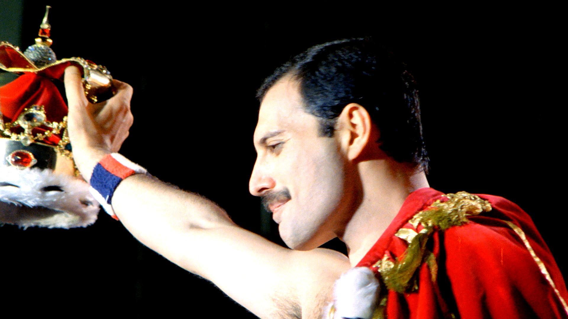 El Gran Amor De Freddie Mercury Fue Una Mujer Mary Austin Chic