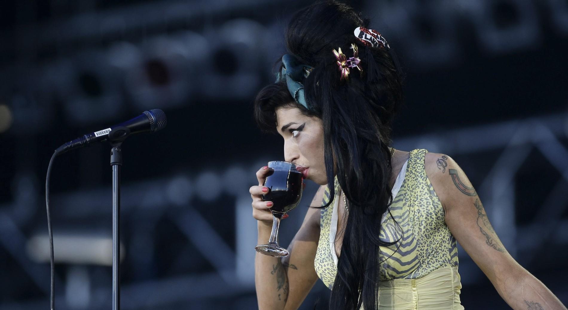 La madre de Amy Winehouse reconoce que la encontró ebria en la ...