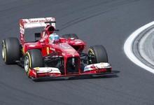 Fernando Alonso, durante la sesión de entrenamientos libres   Efe
