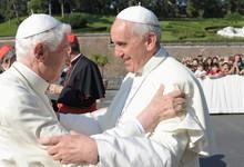 Francisco y Benedicto XVI presidieron un acto juntos este viernes   Cordon Press