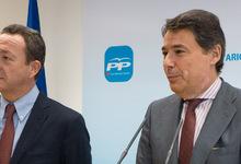 Ignacio González e Íñigo Henríquez de Luna, en la rueda de prensa   LD