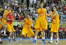 Juancho Hernangómez celebra el triple de la victoria. | FIBA