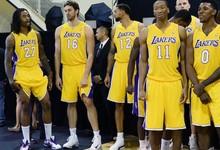 No ha empezado bien la pretemporada para los Lakers | Cordon Press