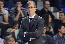 Moncho Fernández, entrenador del Blusens Monbus Obradoiro, mostró su tristeza por el accidente. | Cordon Press