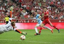 Álvaro Negredo acaba de marcar su primer gol con el City| Cordon Press