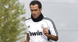 Ricardo Carvalho, durante un entrenamiento del Real Madrid.   EFE