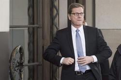 El representante alemán, Guido Westerwelle, ve cercano un acuerdo   Efe