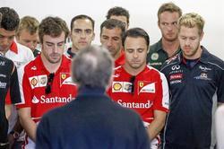 Los pilotos han guardado un minuto de silencio en memoria de María de Villota.