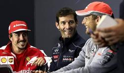 Alonso (i), en la rueda de prensa junto a Webber (c) y Jenson Button. | EFE