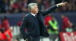 Carlo Ancelotti, durante el partido de este domingo ante el Valenciennes. | Cordon Press
