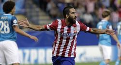 Arda Turan celebra su gol frente al Zenit. | EFE