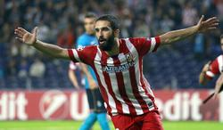 Arda Turan celebra su gol al Oporto. | Cordon Press