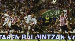Ronaldo, en el momento de conectar el cabezazo que supuso el 0-2. | EFE