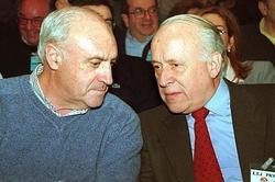 Javier Atutxa, con Arzalluz | Efe