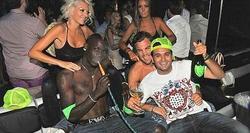 Foto de Balotelli de fiesta en St. Tropez| Daily Mirror