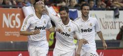 Benzema celebra su primer tanto.   EFE