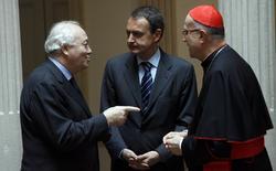 El cardenal Bertone, con Zapatero y Moratinos | Cordon Press