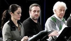 Boadella, a la derecha, en los ensayos de su último montaje, El Pimiento Verdi | EFE