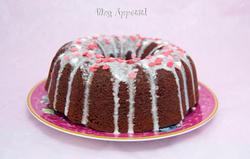 Red Velvet Bundt Cake con Centro de Rosas