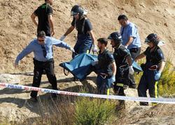 Momento en que los bomberos rescataban el cadáver | EFE