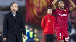 Caparrós, durante un encuentro de Liga con el Mallorca. | EFE