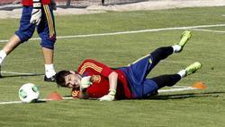 Iker Casillas, durante el entrenamiento de la selección española en Las Rozas. | EFE