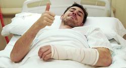 Iker Casillas, tras la operación.   Realmadrid.com
