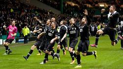 Los jugadores de la Juventus celebran su triunfo en Celtic Park.   EFE