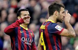 Cesc celebra su gol ante el Granada. | EFE