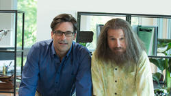 Clear History, con Jon Hamm y Larry David