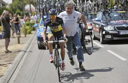 Alberto Contador, durante la disputa de la duodécima etapa del Tour de Francia. | EFE