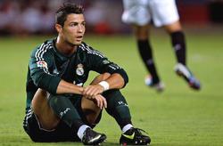 Cristiano Ronaldo, durante el partido ante el Sevilla. | EFE