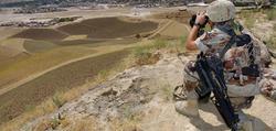 Un militar español desplegado en Afganistán.   Archivo