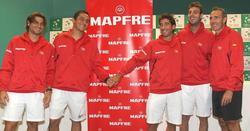 Ferrer, Almagro, Marc López, Granollers y Corretja, en el sorteo de la Copa Davis.   EFE