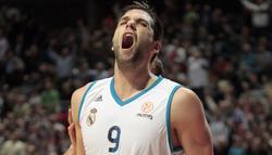 Felipe Reyes celebra la victoria in extremis. | EFE