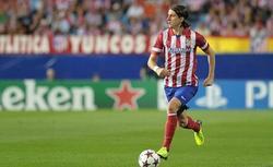 Filipe Luis, durante el partido de Champions contra el Zenit.   Cordon Press