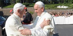 Francisco y Benedicto XVI presidieron un acto juntos este viernes | Cordon Press