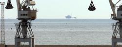 Vista, al fondo, de la plataforma del proyecto Castor, para almacenar gas en el subsuelo marino | EFE