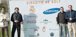 Isidoro San José (d), director del circuito de golf de la Fundación Real Madrid.