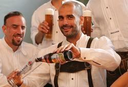Ribéry y Guardiola fueron dos de los protagonistas de la sesión. | FC Bayern