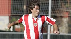 Julen Guerrero, durante un partido de veteranos con el Athletic de Bilbao.   Cordon Press / Archivo