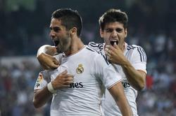 Isco celebra su gol junto a Morata. | EFE