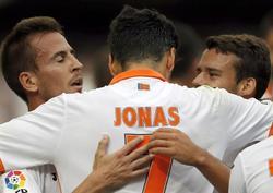 Jonas celebra su tanto con el Valencia. | EFE